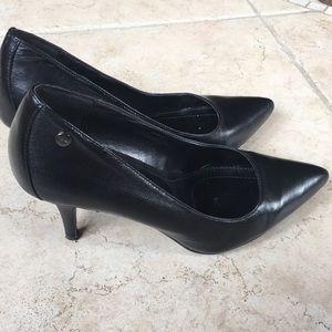 Women's Pumps Calvin Klein Shoes Size 7 Black